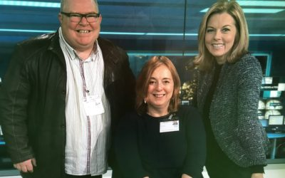Tracy visits ITV News' studio in aid of journalists' charity