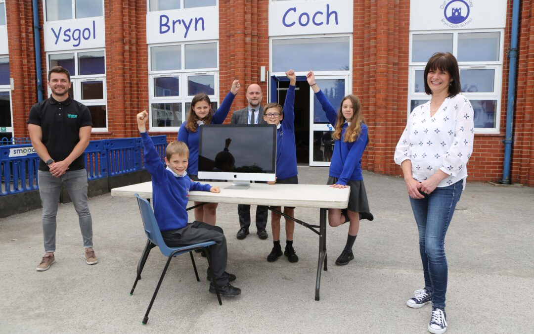 PR agency and IT company partner up for school donations